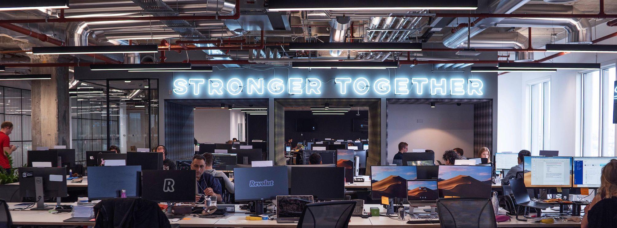Revolut oficinas espacios colaborativos